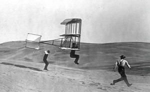 Herring_in_Chanute_Oscillating_Wing_Glider_1902